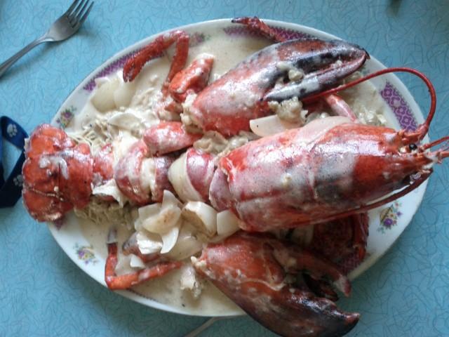 Lobster in coconut cream sauce