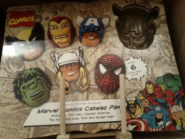 Marvel Comics Cakelet Pan