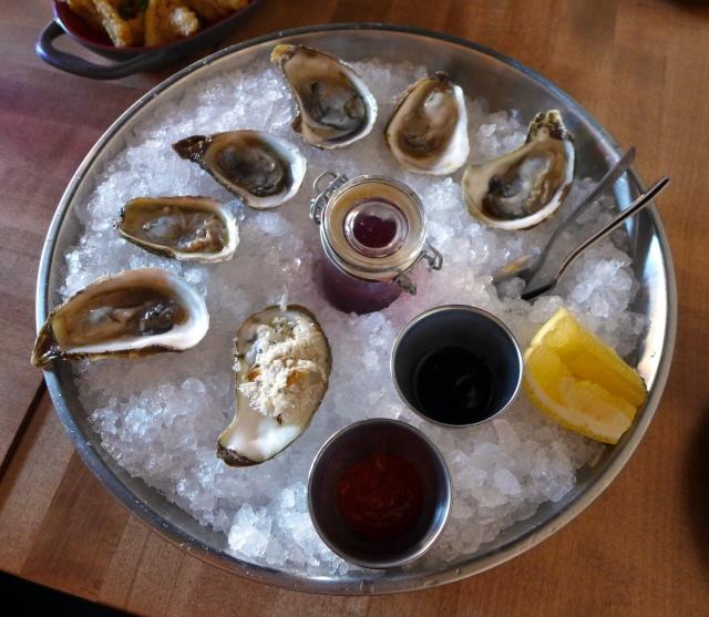 Half Dozen Raspberry Oysters: Clean and fresh flavour, light brine (East Coast)