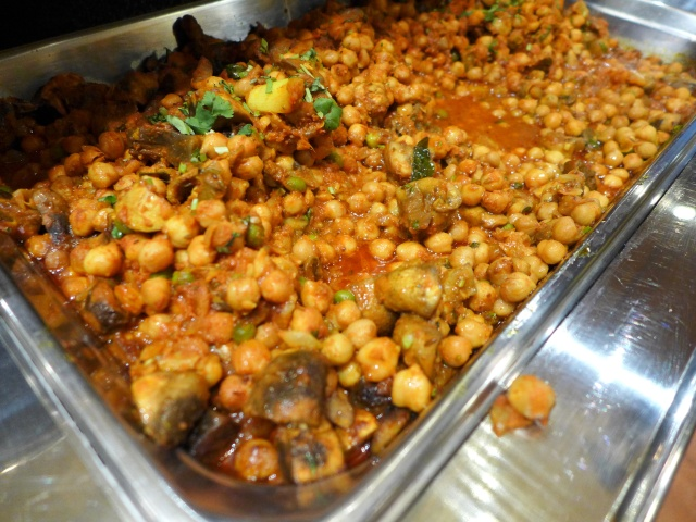 Mushrooms and Chana Masala